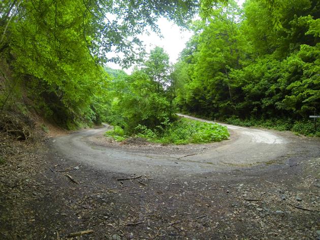 Jedan vozač, ista staza i dva bicikla slika 5