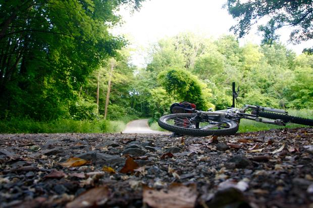 Jedan vozač, ista staza i dva bicikla slika 12