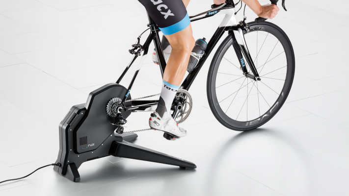 6665-0-full-t2900_tacx_flux-smart_inuse_back-right_interactive_direct_drive_best_price_indoor_trainer_gallery-711x400-118.jpg (192 KB)