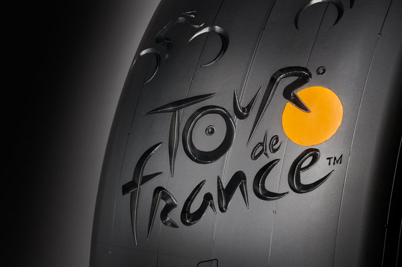 Conti 190212 Tour de France Reifen6073_01.jpg (55 KB)