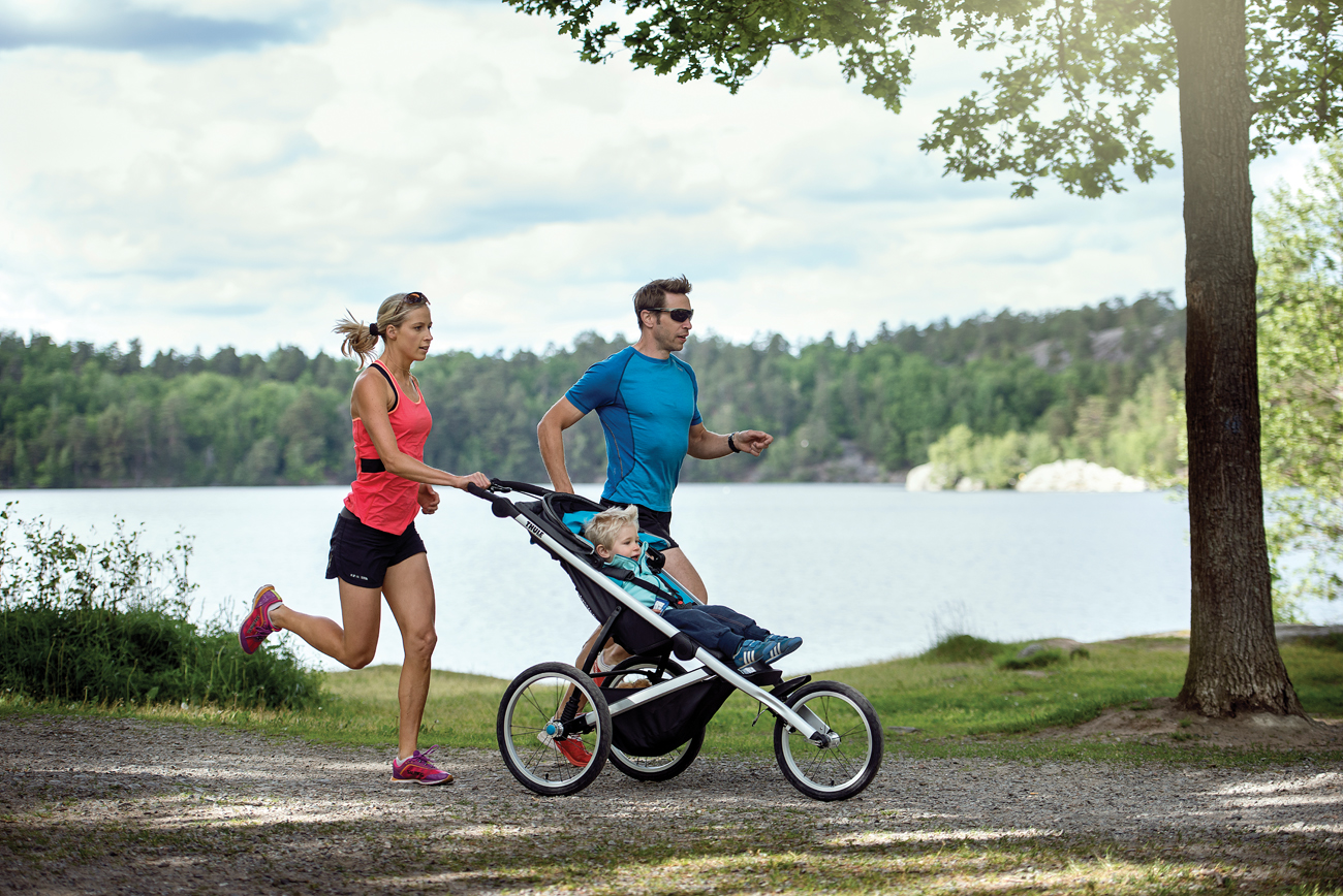 Thule_Glide_LS_Stockholm_Landscape_jogging_couple_10101901 (1).jpg (981 KB)