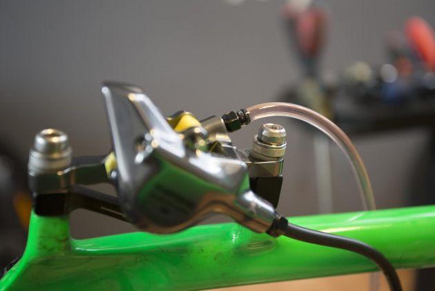 URADI SAM - odzračivanje Shimano XTR M9100 kočnica